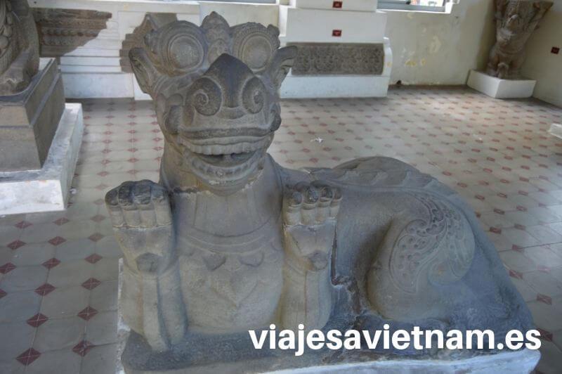 escultura-museo-cham-da-nang
