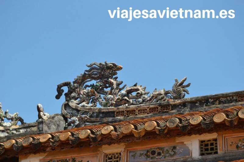 hue-tejado-dragon