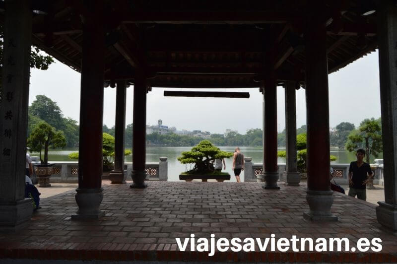 lago-hoan-kiem-templo