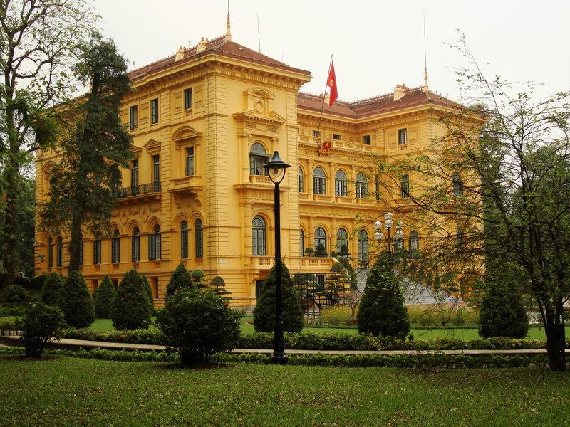 palacio-presidencial-hanoi