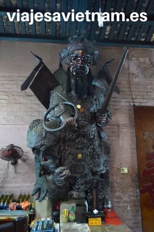 pagoda-del-emperador-de-jade-guardianes
